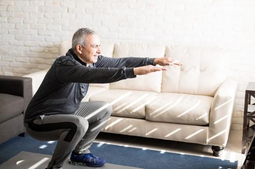 Una rutina de entrenamiento funcional en casa para tu día a día