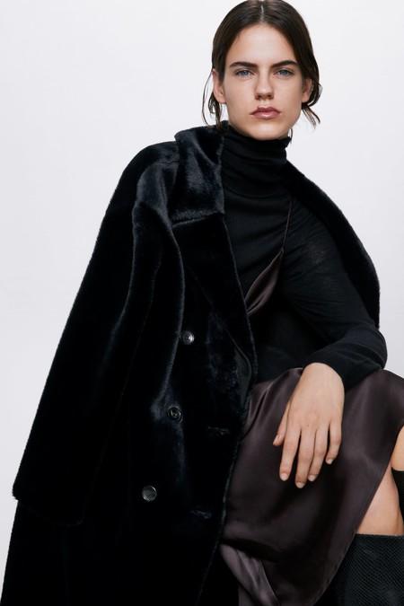 Zara Abrigo Peluche Otono 2019 02