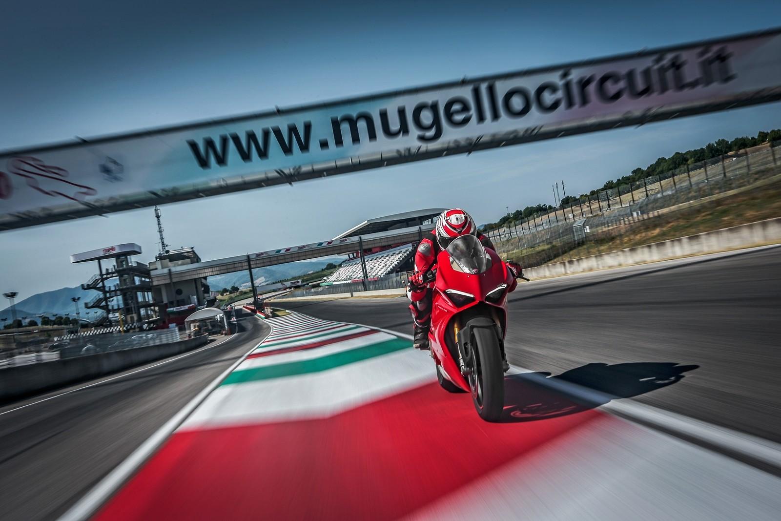 Foto de Ducati Panigale V4 2018 (38/52)