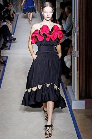 Semana de la Moda de París Primavera-Verano 2010/2011: exuberancia frente a minimalismo