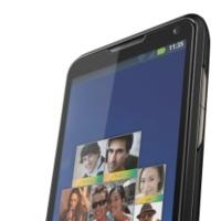Motoluxe y Motorola Defy Mini llegan a España en abril