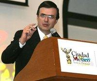 ¿Te gustaría hablar con Marcelo Ebrard?, Google Moderator lo hace posible