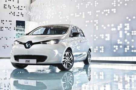Nissan LEAF, Renault ZOE y BMW i3: trío de ases. Regreso a Motorpasión Futuro