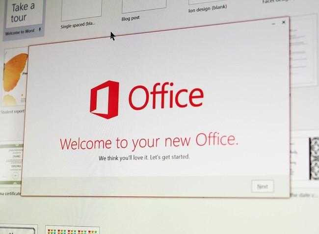 Microsoft actualiza Office en el Programa Insider para permitir redactar documentos usando sólo la voz