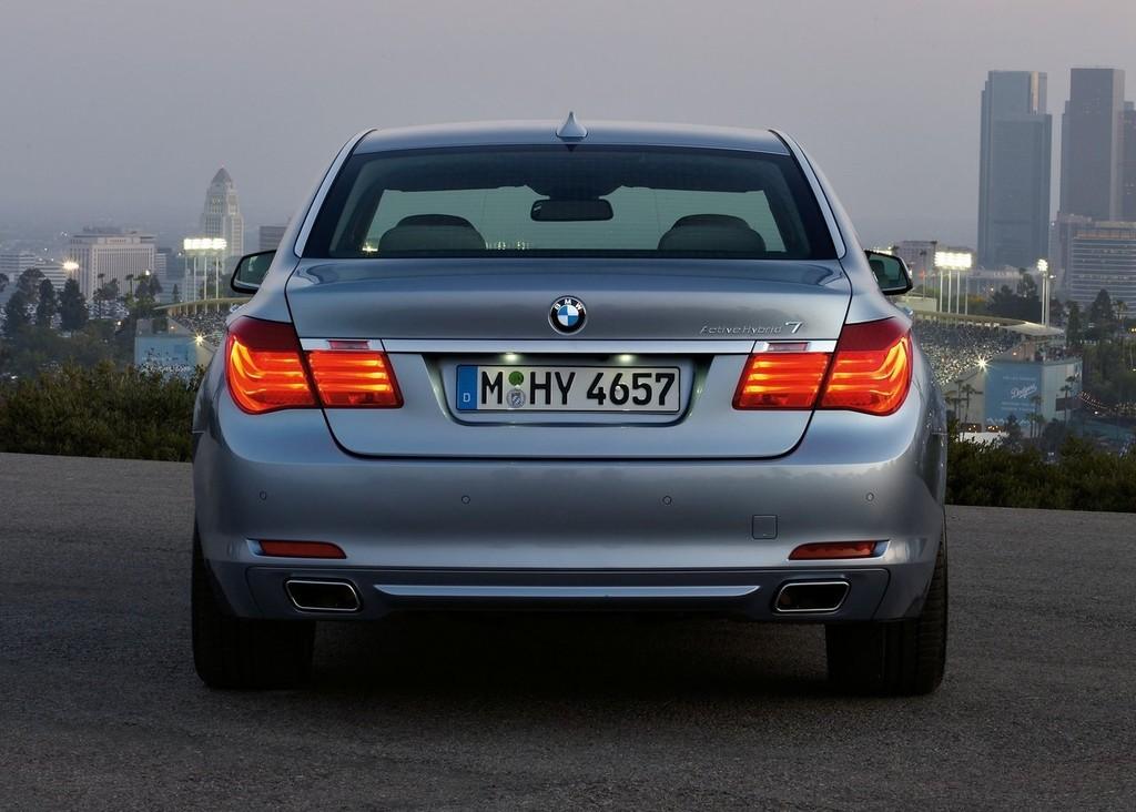 Foto de BMW ActiveHybrid 7 (16/30)
