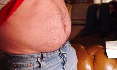 La grasa de la barriga no desaparece matándonos a hacer abdominales