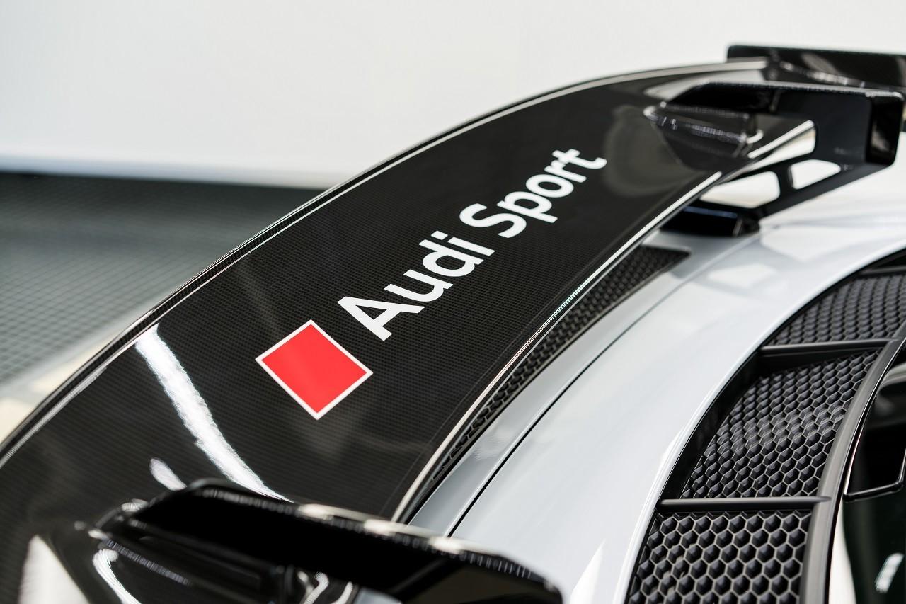 Foto de Audi R8 V10 Plus Coupé Competition Package (2/12)