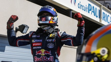 ¡Es oficial! Carlos Sainz ya es piloto de Ferrari y firma por las dos próximas temporadas