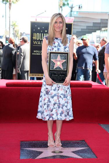 Jennifer Aniston, ya era hora de que te estrellasen
