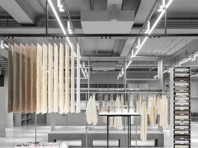 Así luce la tienda de Arket: la nueva marca lowcost que planea conquistar Europa