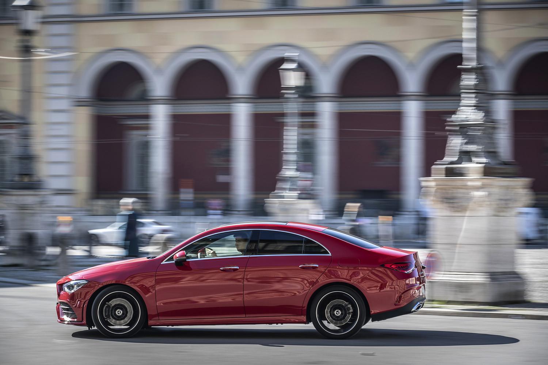Foto de Mercedes-Benz CLA Coupé 2019, toma de contacto (19/248)