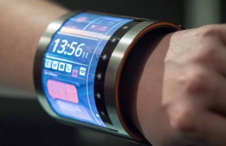 ¿Un smartphone en la muñeca? Sí, gracias a este impresionante panel LCD flexible
