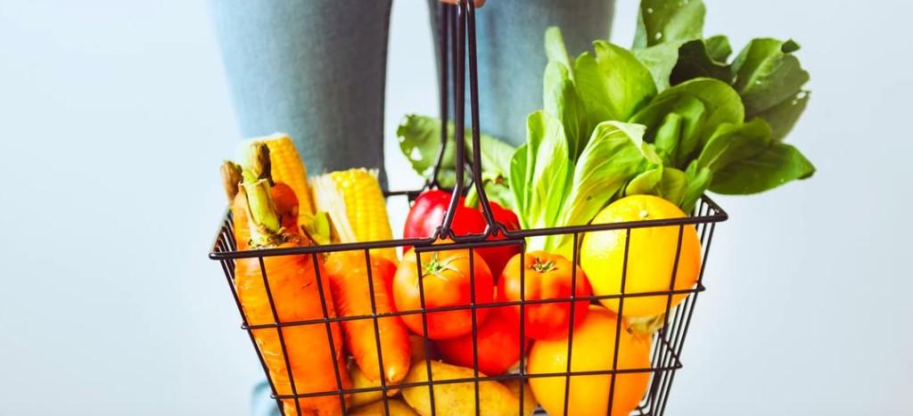 Alrededor del 50% de los pacientes de cáncer recurren a 'dietas' alternativas: oncólogos y nutricionistas dicen 'basta'