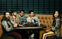 Amazon va de moderna con 'Betas', una simpática comedia de emprendedores