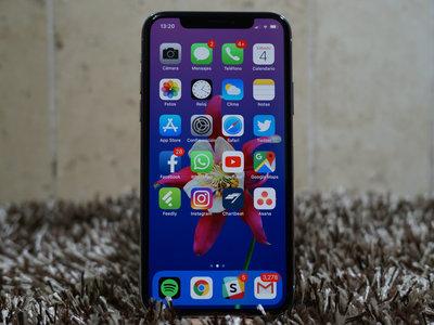 En 2018 tendremos tres iPhone, dos con pantalla OLED y uno con LCD, según KGI