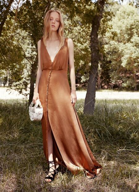 ¿Boda en septiembre a la vista? 17 vestidos de invitada con los que deslumbrar