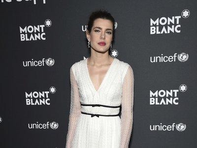 ¿Es más elegante el blanco o el negro? Carlota Casiraghi, Olivia Palermo y Diane Kruger toman partido en la gala UNICEF