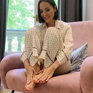 Tamara Falcó no pierde el estilo ni al quedarse en casa: este pijama de Zara Home es su truco para conseguirlo