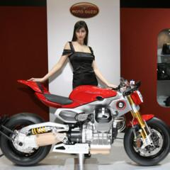 Foto 8 de 12 de la galería prototipos-moto-guzzi-en-el-salon-eicma-2009 en Motorpasion Moto