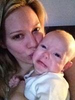 El bebé de Hilary Duff haciendo pucheros... ¡¡¡oh, qué cosita!!!