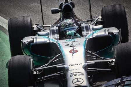 Nico Rosberg no da tregua y consigue la pole en Brasil
