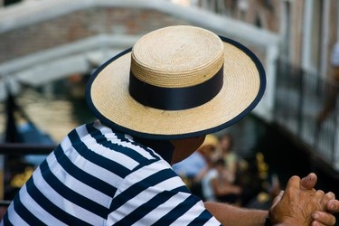 El sombrero y el verano ¡Esta vez más juntos que nunca!
