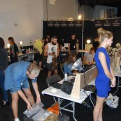 Foto 11 de 27 de la galería el-backstage-de-custo-en-la-nyfw en Trendencias Belleza