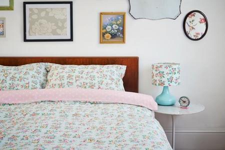 Alegra tu casa con las flores de los accesorios de lavandería y almacenaje de Cath Kidston