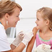 ¿A qué están jugando con la vacuna de los 6 años? Los niños no están vacunados y aparece a la venta en farmacias