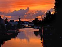 Amsterdam sólo quiere eléctricos en 2040