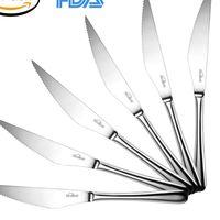 Cupón de descuento del 40% en el set de cuchillos para carne de Kealive: seis cuchillos nos salen por 7,18 euros en Amazon