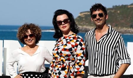 Anna R. Costa, Debi Mazar y Paco Leon en el Festival de San Sebastián