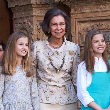 La tensión entre la Reina Letizia y Doña Sofía: el manotazo de Leonor y el respeto hacia los abuelos por encima de todo