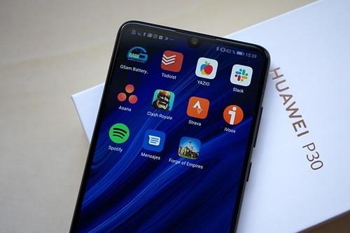 Súper Ofertas en tecnología de AliExpress: Huawei P30, Mi Robot Vacuum y Amazfit Bip más baratos