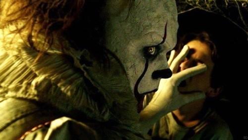 ¡Todos flotan! 'It' revienta la taquilla y rompe varios récords, incluido el de mejor estreno de terror