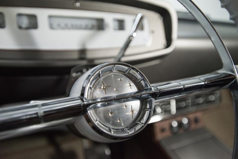 Foto de Dodge D100 restomod (21/30)