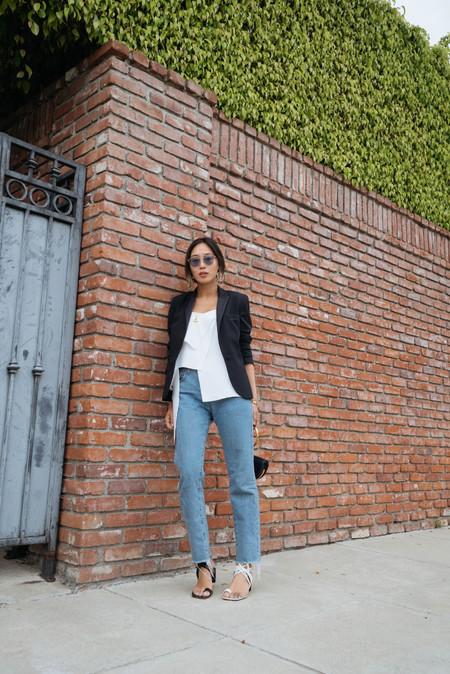 zapatos desparejados street style