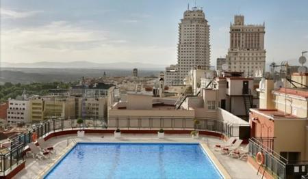 hotel_emperador_madrid_piscina.jpg