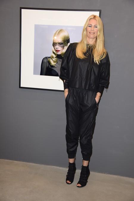 claudia schiffer presentacion libro berlin look estilismo outfit