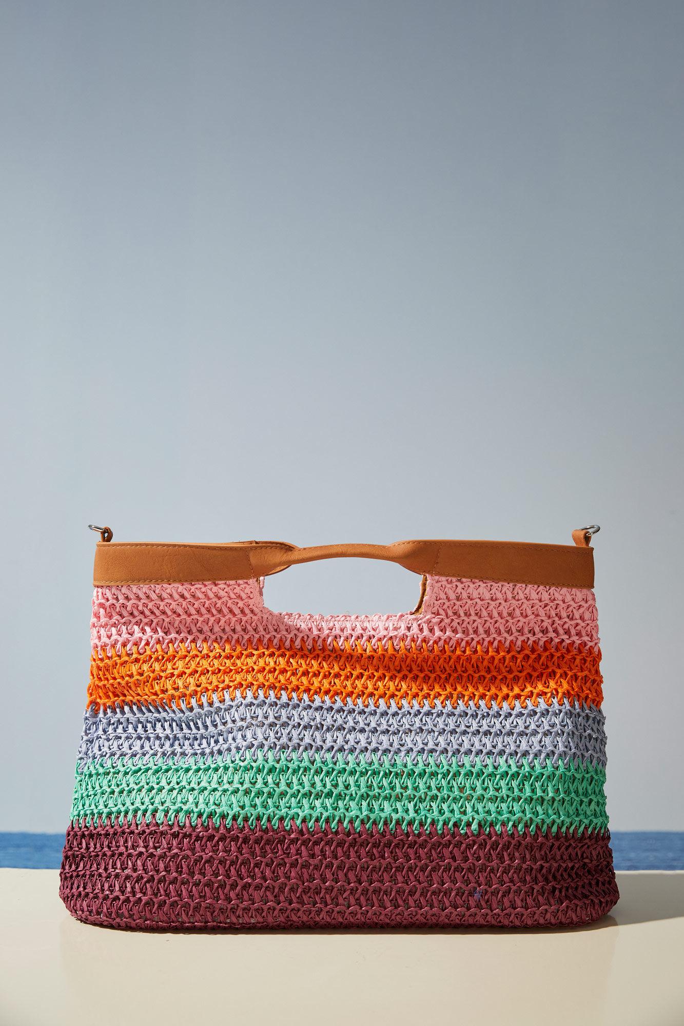 Bolso de crochet con rayas multicolor