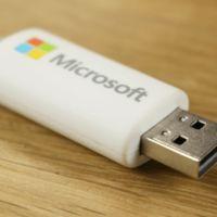 Los discos ópticos son cosa del pasado, Windows 10 se venderá en memorias USB