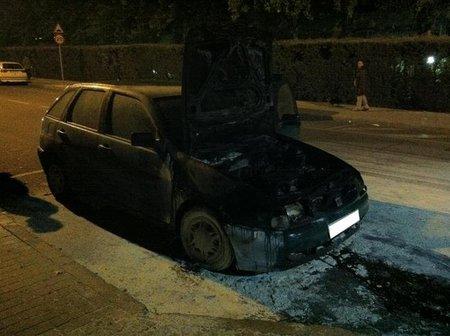 SEAT Ibiza ardiendo 2