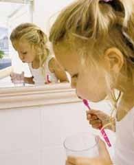 Cómo conseguir que se cepillen los dientes