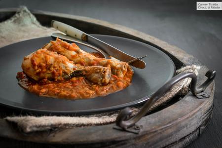 Pollo al chilindrón, receta tradicional española (que tener siempre presente en nuestros menús)