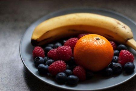 Los riesgos de alimentarnos de frutas y verduras únicamente