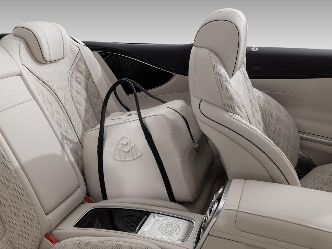 Foto de Mercedes-Maybach S 650 Cabrio (35/37)