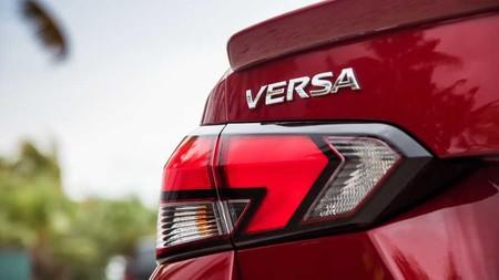Nissan Versa 2020 3