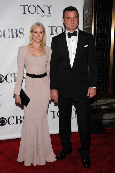 Todas las asistentes a los Tony Awards 2010: Naomi Watts