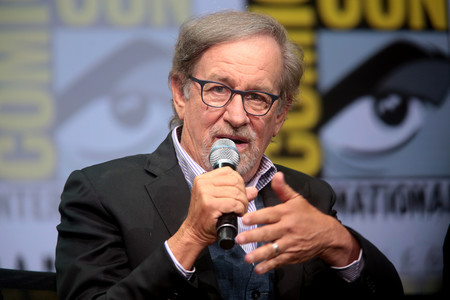 Apple revivirá la serie de ciencia ficción 'Amazing Stories' de Steven Spielberg