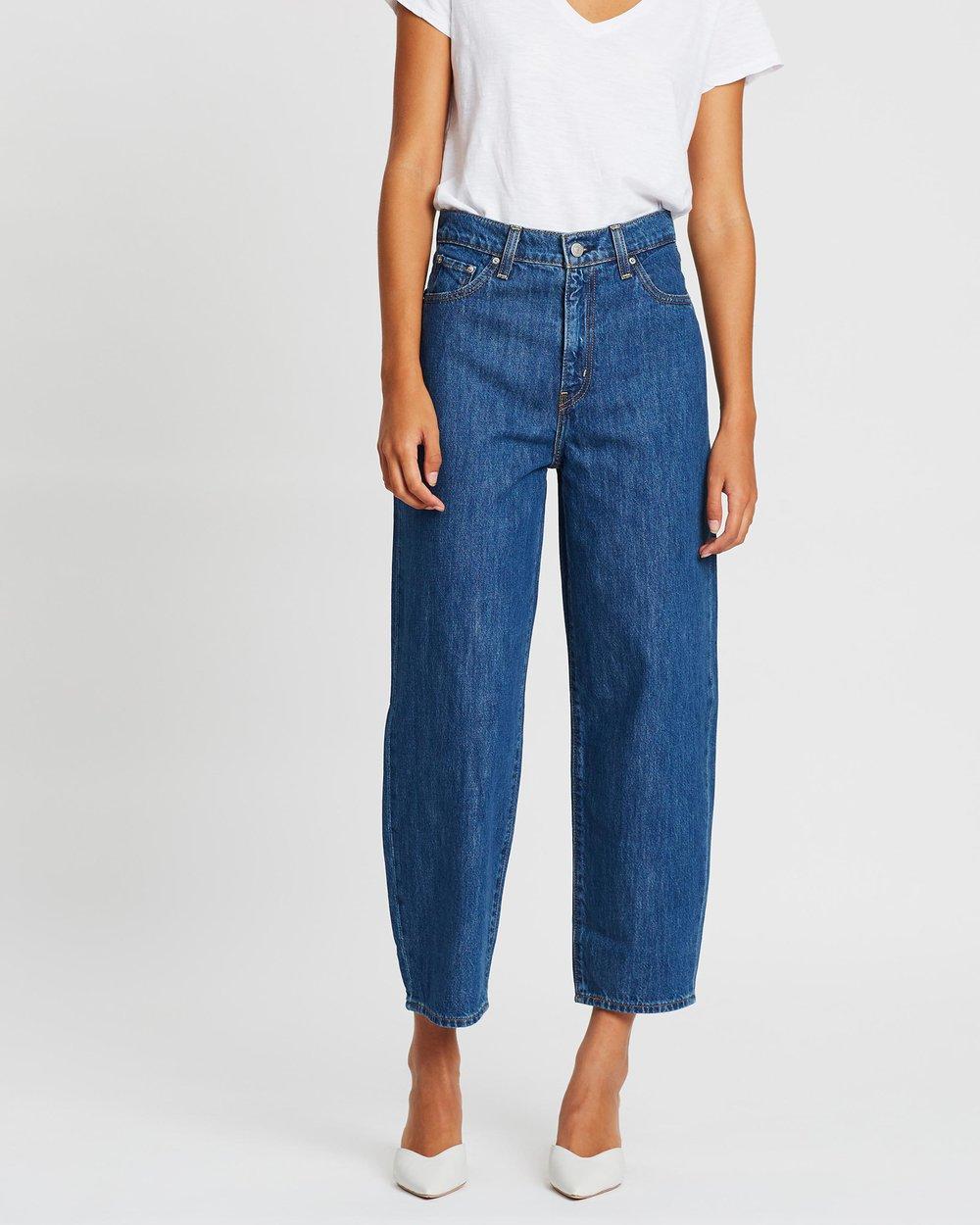 https://www.levi.com/ES/es_ES/ropa/mujer/vaqueros/balloon-leg-jeans/p/853140002
